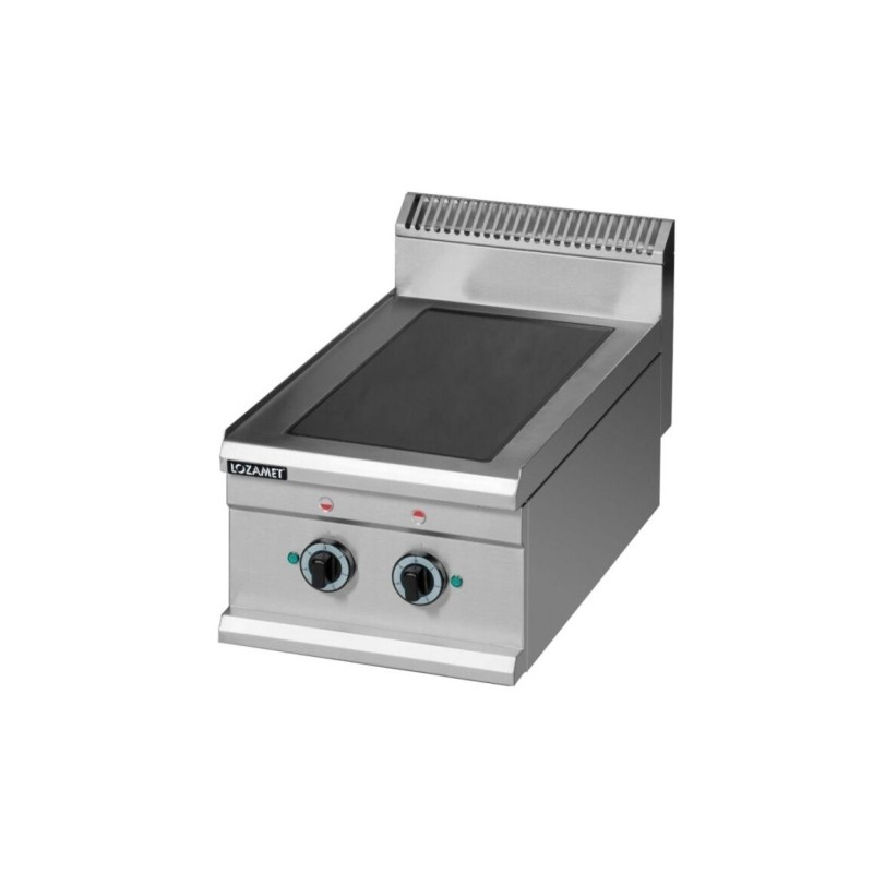 Electric cooker with cupboard